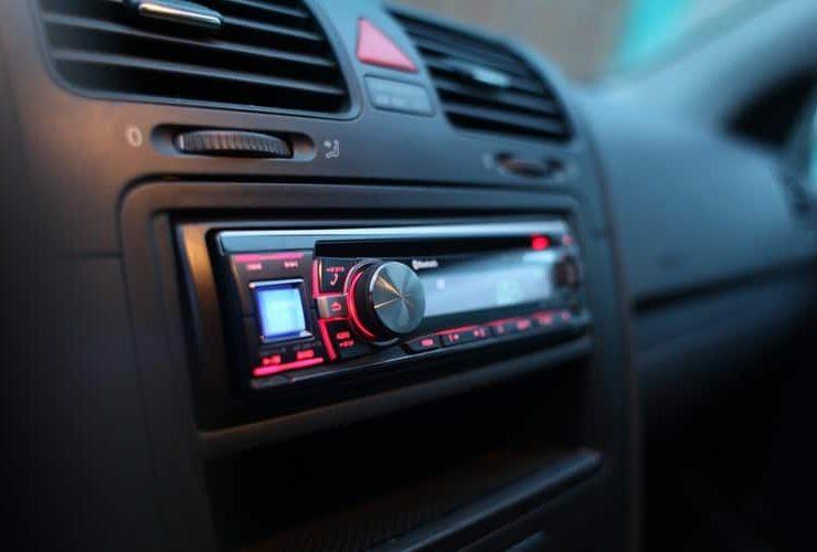 Can a Car Stereo Play DVD+R