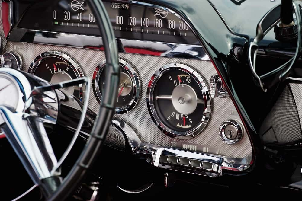 Need for Hidden Car Stereo in Classic Cars