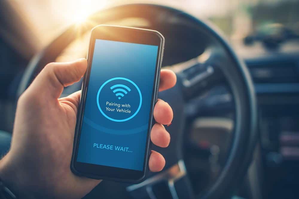 use smartphone to transmit Dab radio signals